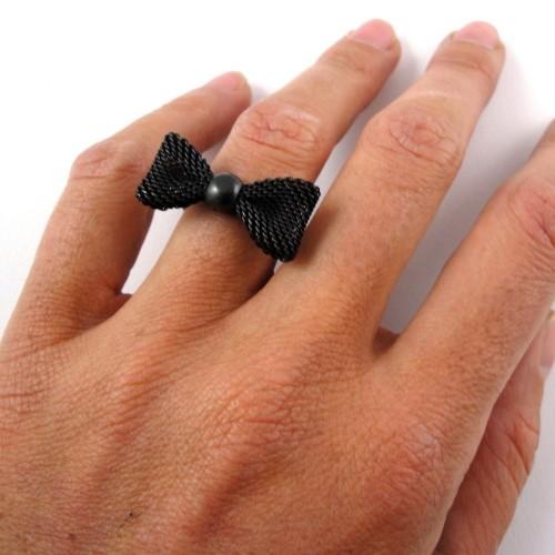 bague noeud noire porte - Copie